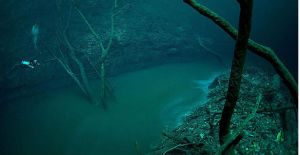 underwater-river-cenote-angelita-mexico-7