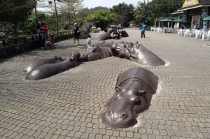 worlds-most-creative-statues-5